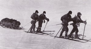 Returning_from the pole - Terra Nova Expedition