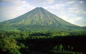 Volcan Estratovolcan